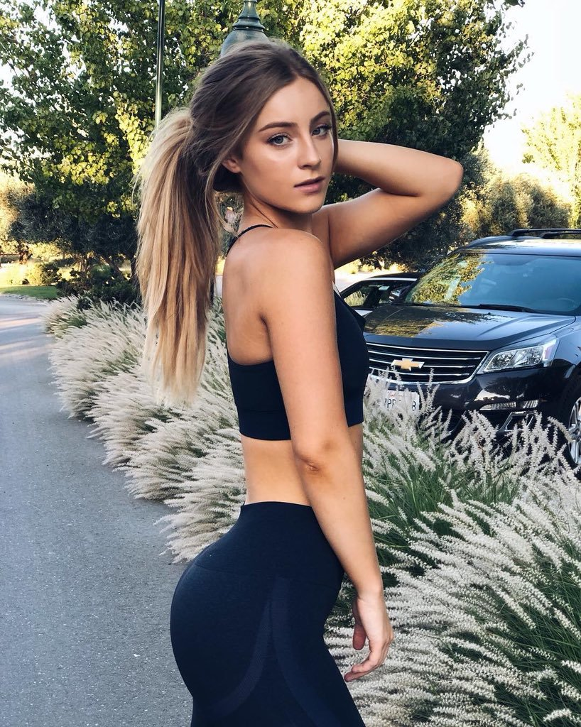 Is a cute Paparazzi Nicole Tuck naked photo 2017